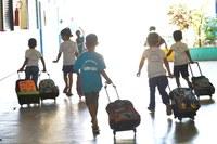 Projeto de lei municipal de autoria da vereadora Helena reduz mensalidade escolar durante pandemia.